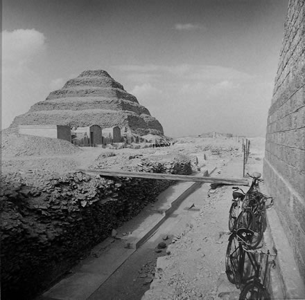 Richard Barnes - Sakkara, Pyramid and Bicycles