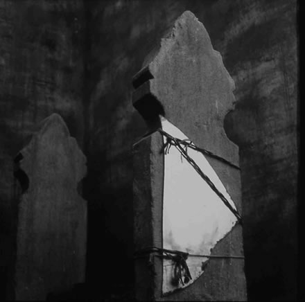 Richard Barnes - Tomb with Mirror, City of the Dead,Egypt