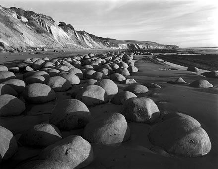 Stuart Levy - Bowling Ball Beach (looking South), California